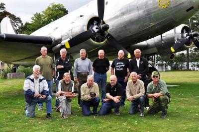 Fallskärmsjägarnas Dag 2013 - Några av killarna som fixade det mesta i lägret
